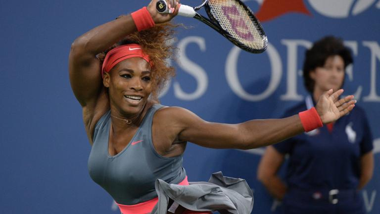 Serena dominates to advance to semis