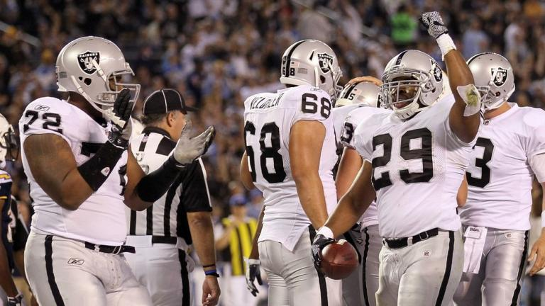 Raiders 24, Chargers 17