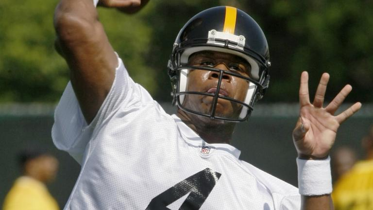 7. Steelers give Leftwich the nod over Dixon