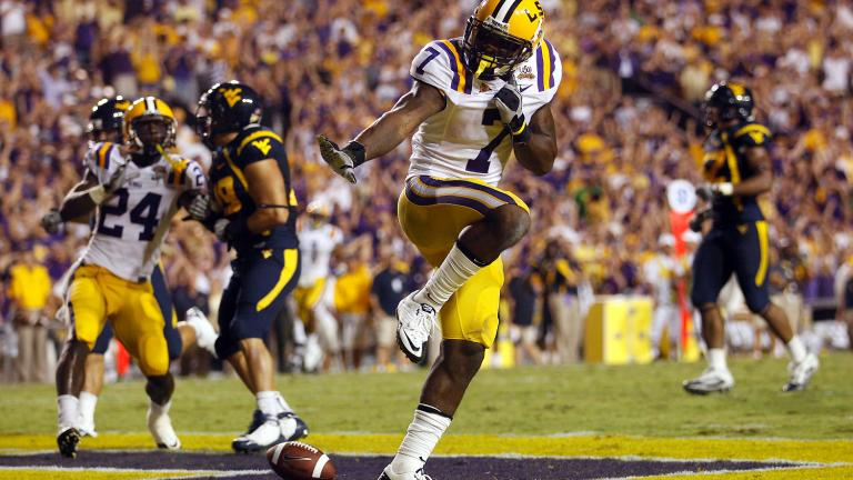 No. 15 LSU 20, No. 22 West Virginia 14