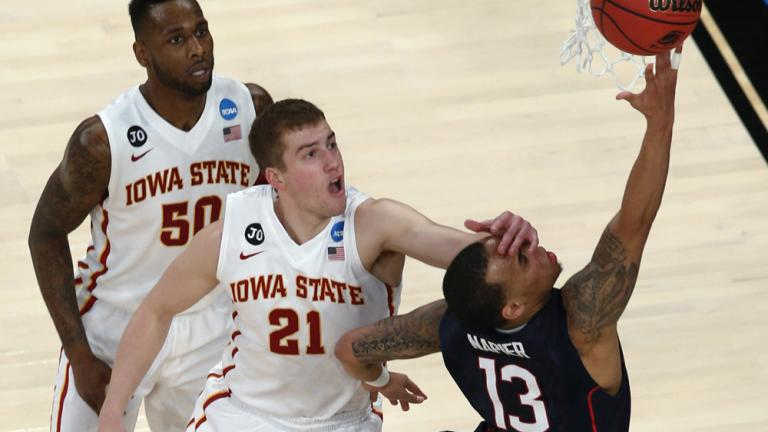 Sweet 16: (7) UConn 81, (3) Iowa State 76