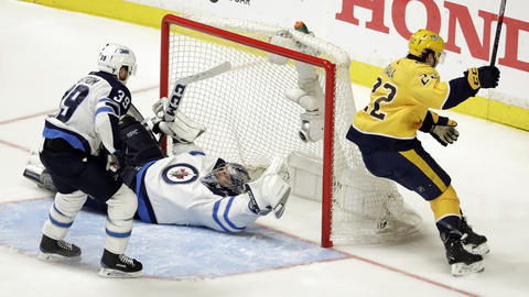 Predators' Fiala notches winner in double overtime to even series with Jets