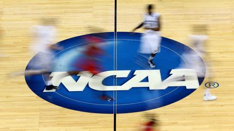 College basketball news scores video nbc sports ncaa approves rule that ends ability of coaches to block transfers fandeluxe Images
