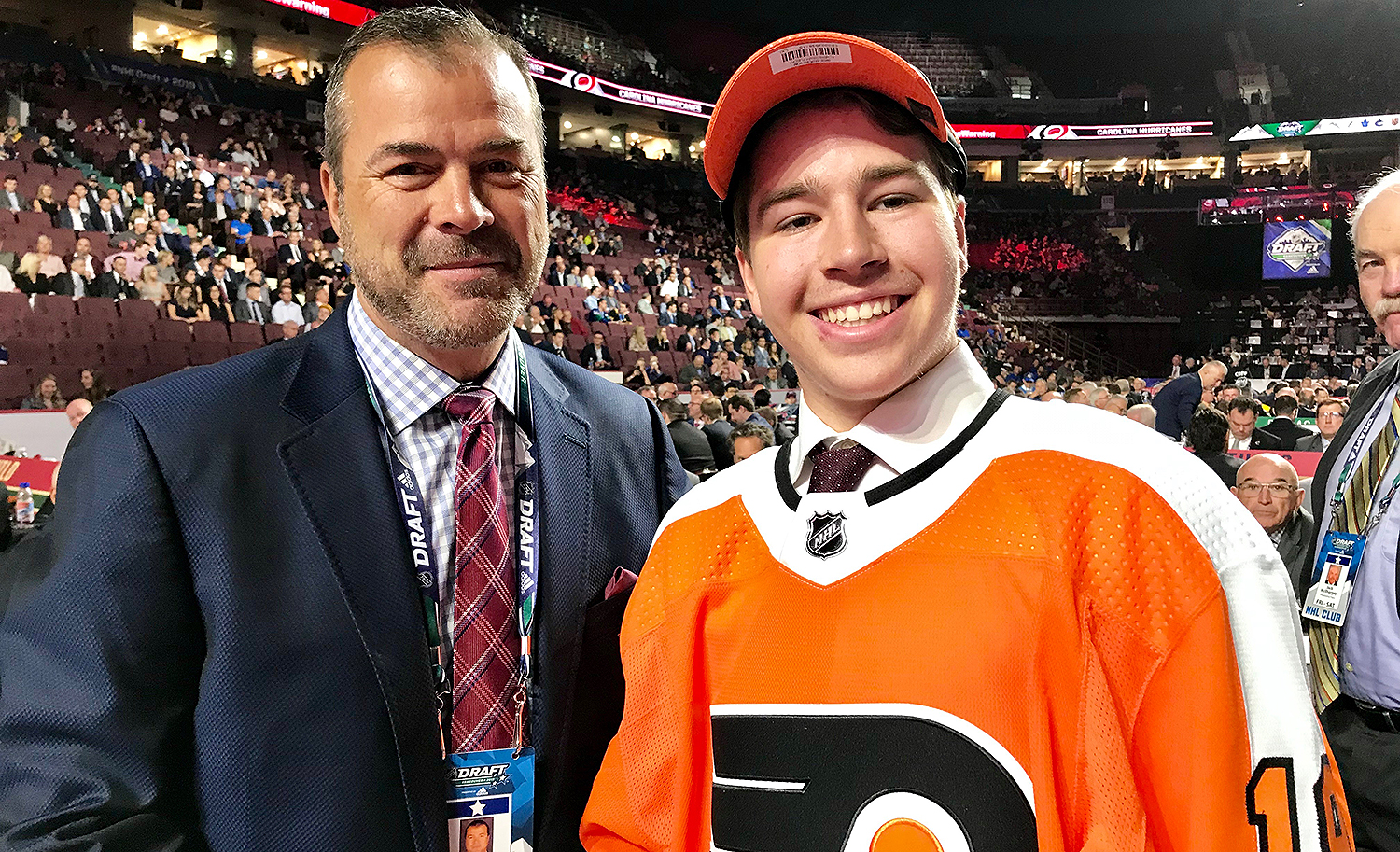 2019 NHL draft: Flyers trade up, take Bobby Brink with 34th overall pick |  RSN