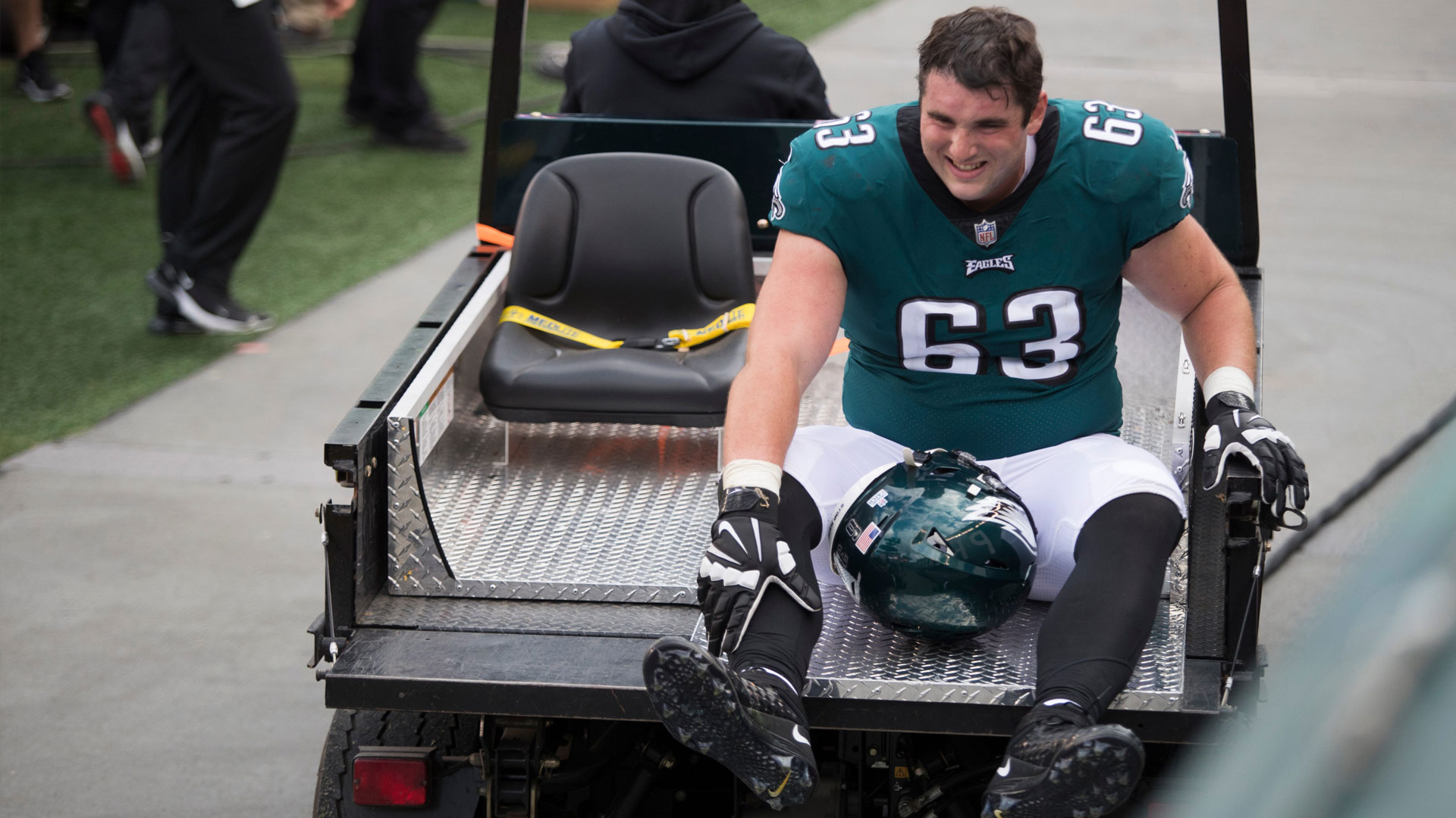 Why Eagles' o-line injuries have reached a crisis point