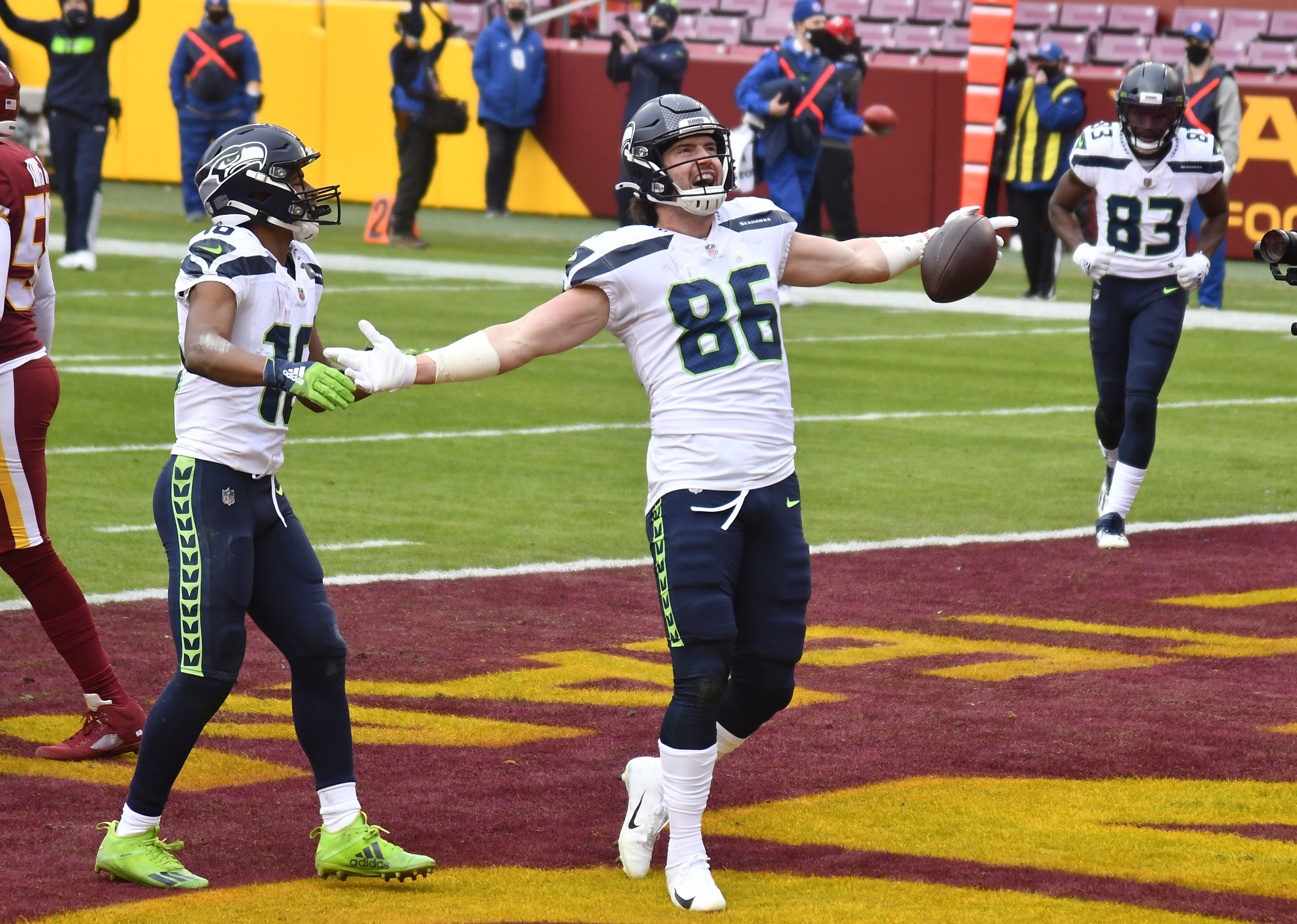 Seahawks TE Jacob Hollister and teammates celebrate touchdown in ...