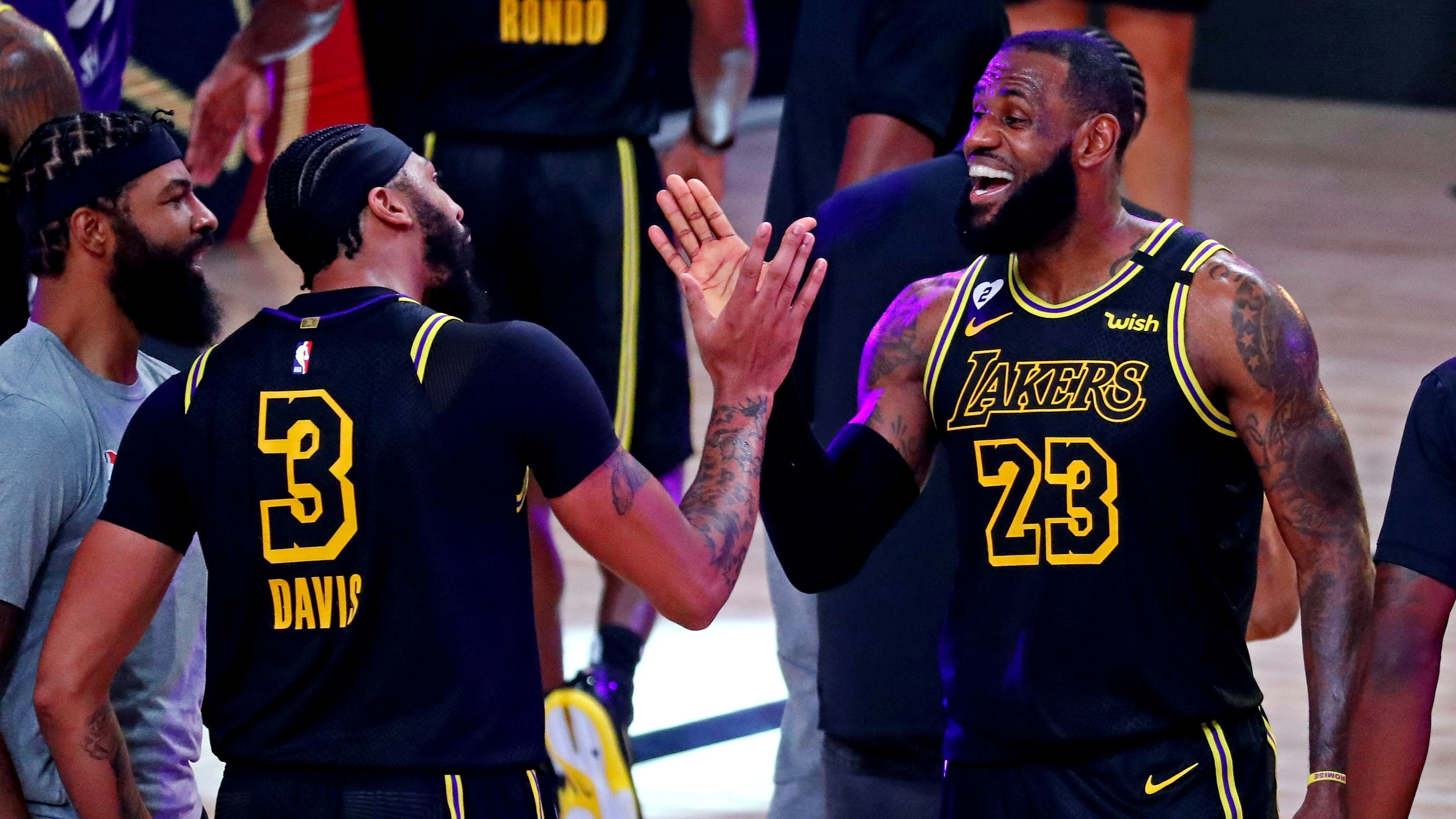 James in LeBron aim as Finals Lakers  clinch to honored