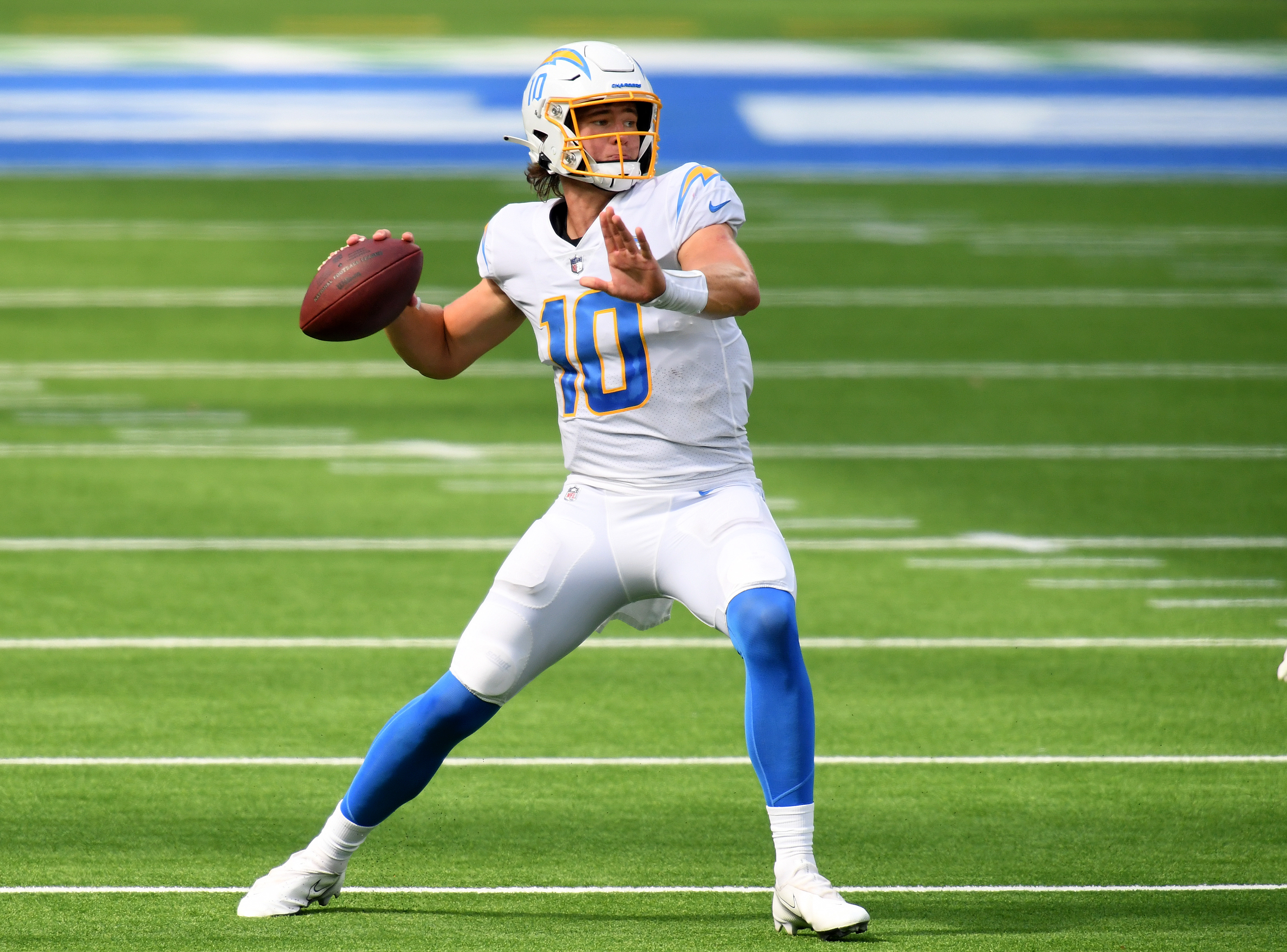 It's official: Justin Herbert named Chargers starter for Week 3