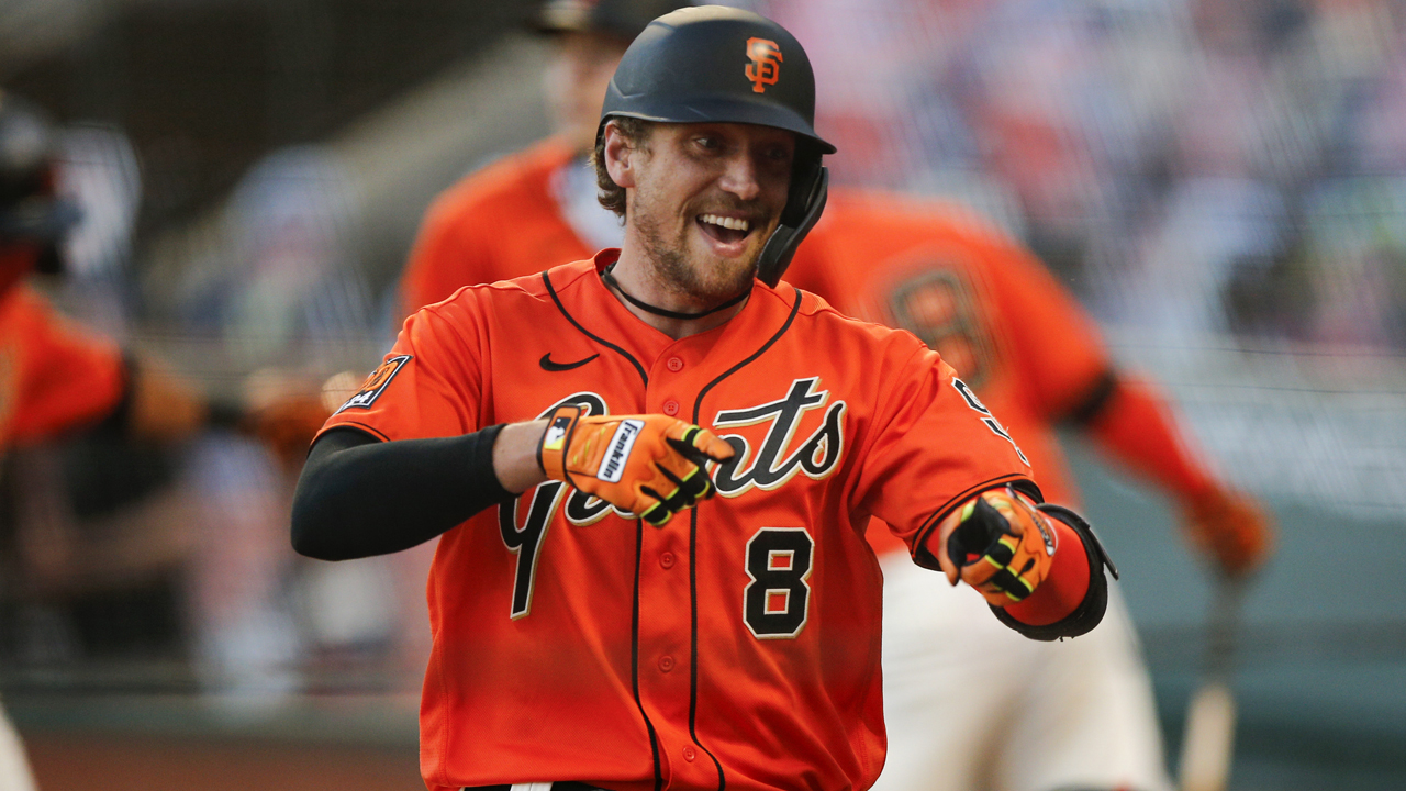 Hunter Pence buys shots for SF restaurant patrons after Dodgers' loss