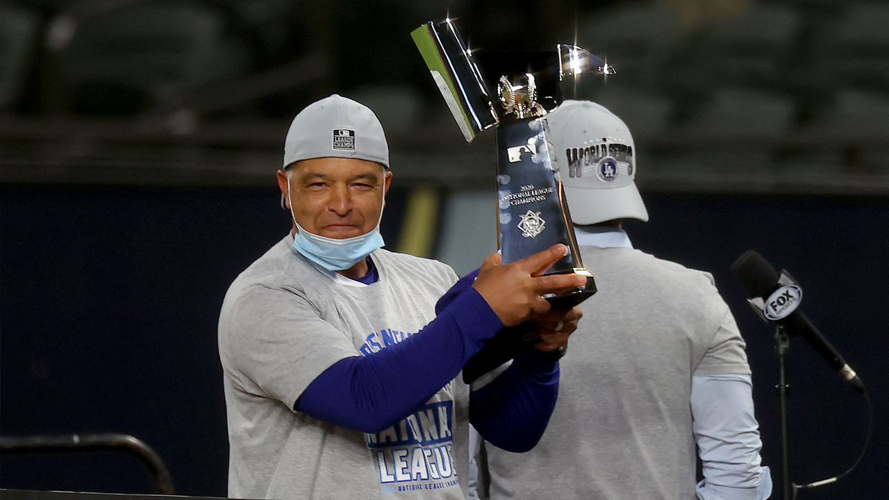 Why it's odd Dodgers manager Dave Roberts only ex-Giant in 2020 World Series