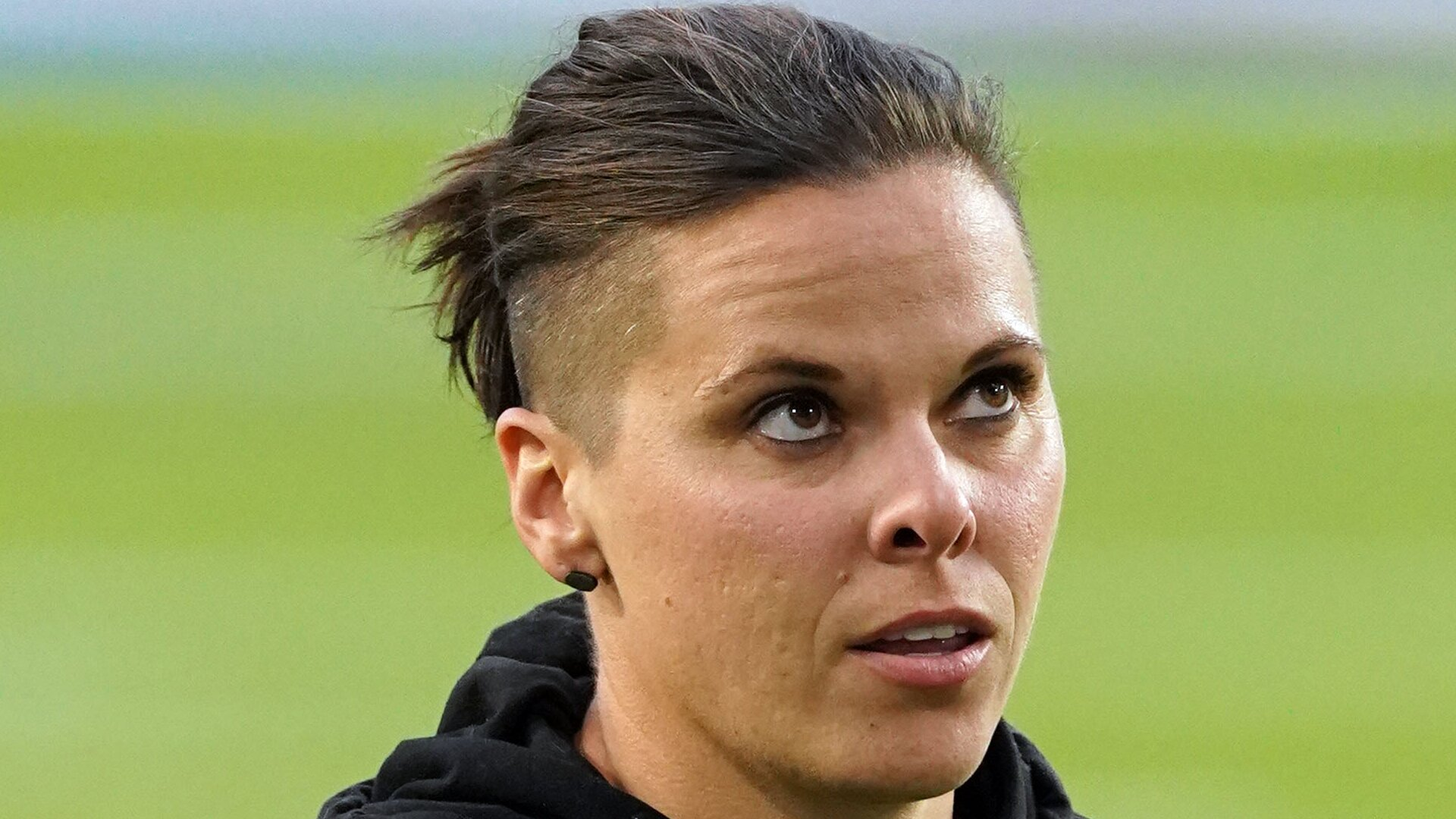 49ers Coach Katie Sowers Sister Accuses Team Of Disrespect With Plane Seat Rsn