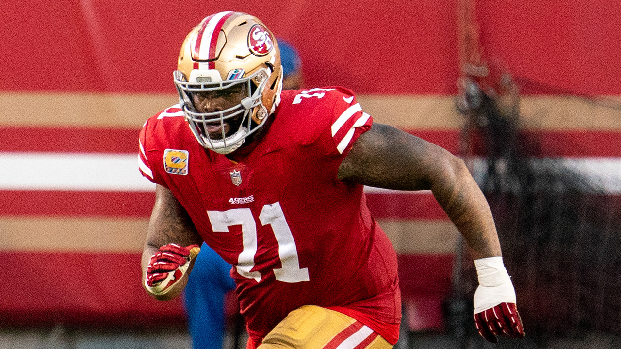 49ers practice report: Trent Williams returns to limited work