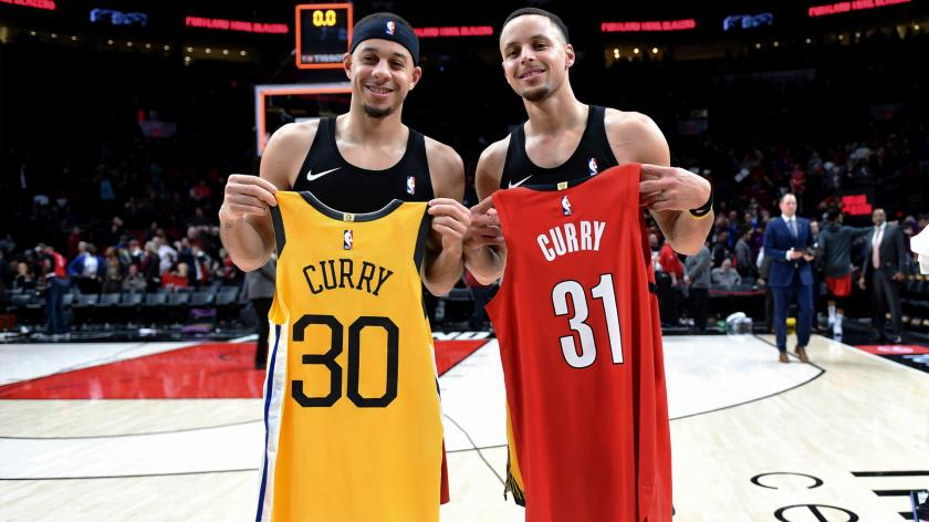 Steph Curry, brother Seth swap jerseys after Warriors' win over ...