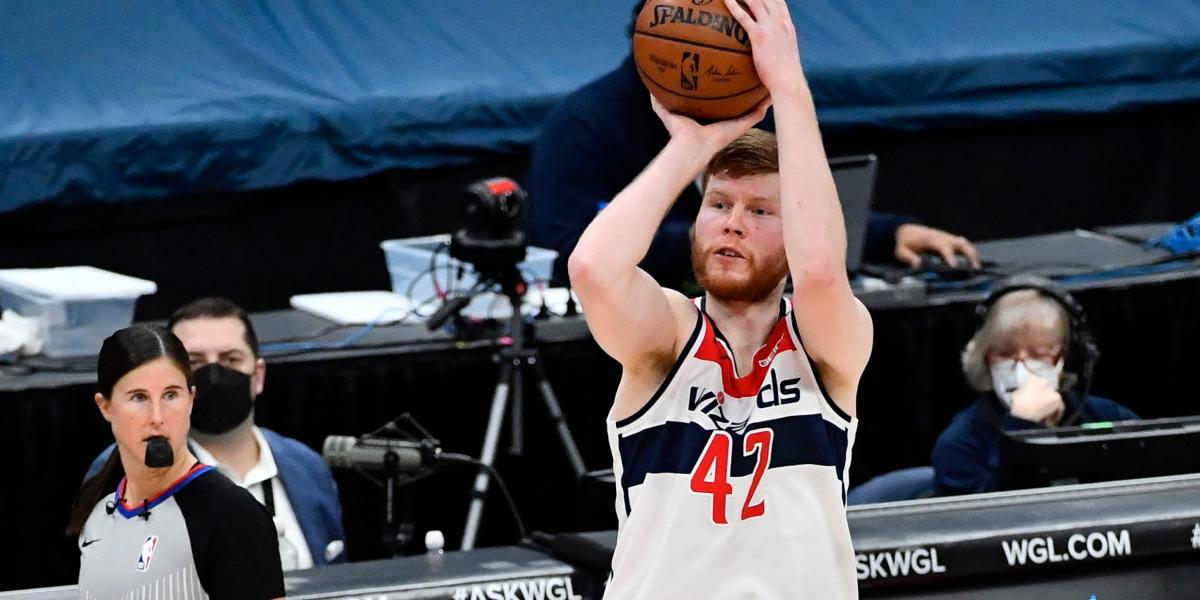 Davis Bertans finds it funny people are surprised by his dunks