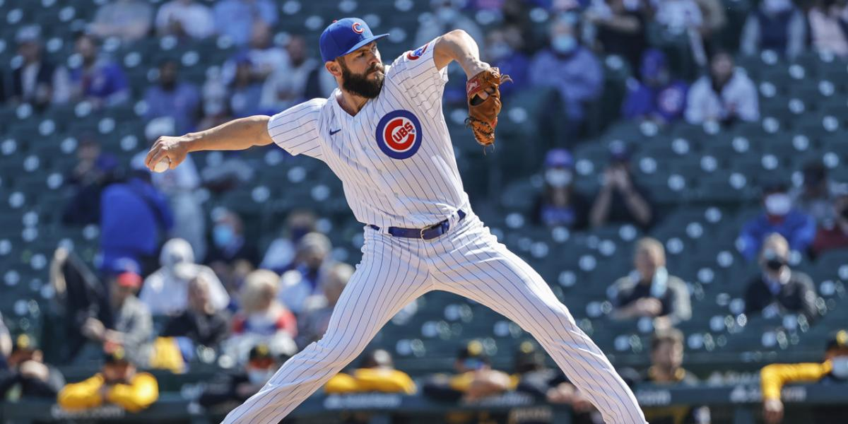 Cubs' Jake Arrieta reacquainting with fans, city on scooter rides   RSN
