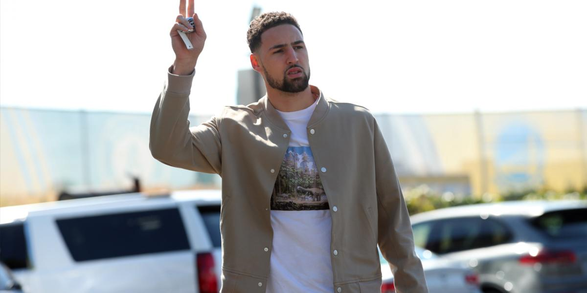 Klay Thompson spends day off during Achilles' rehab on water with Rocco