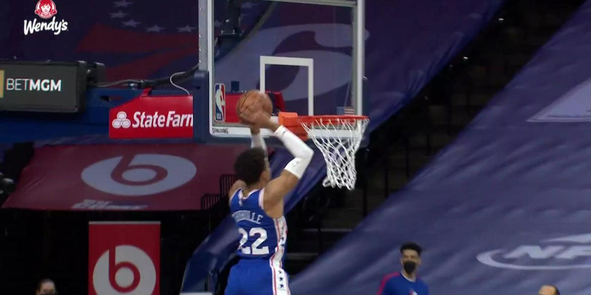 Highlights: Shake Milton dishes to a high-flying Thybulle for the alley-oop