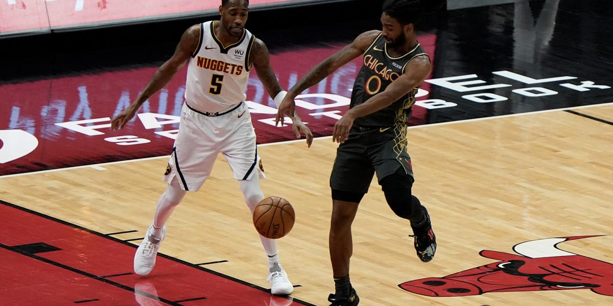 Bulls' Coby White making strides in first season as point guard
