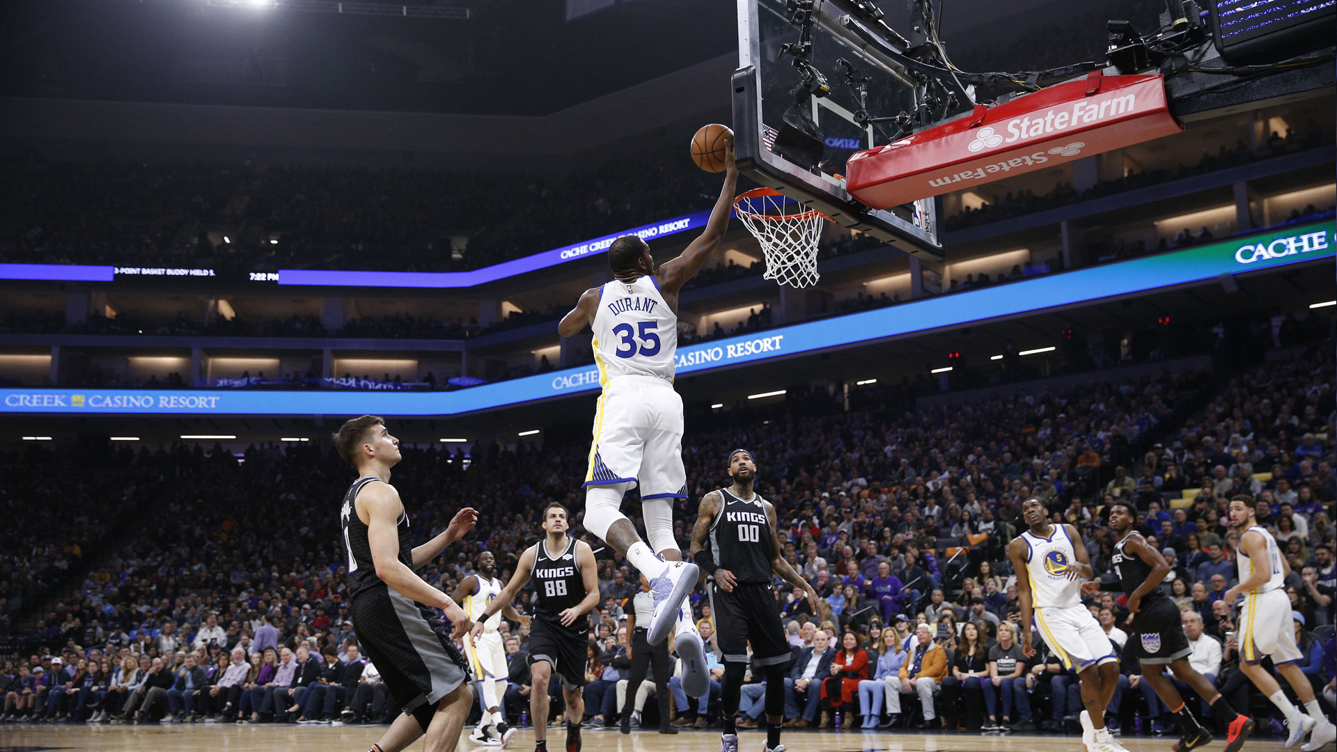 3a2c4dd58 Kings deaaron fox gets two steals and two breakaway dunks within jpg  1920x1080 Nba breakaway shorts