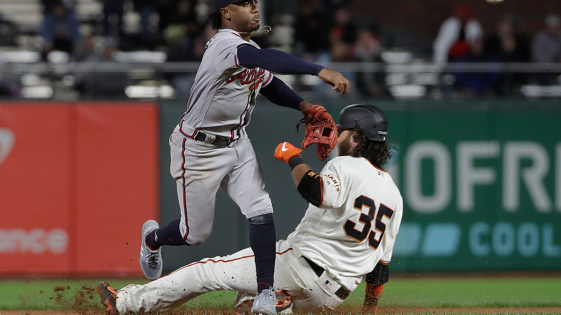 Crawford homers, but Giants' offense stifled in 4-1 loss against Braves