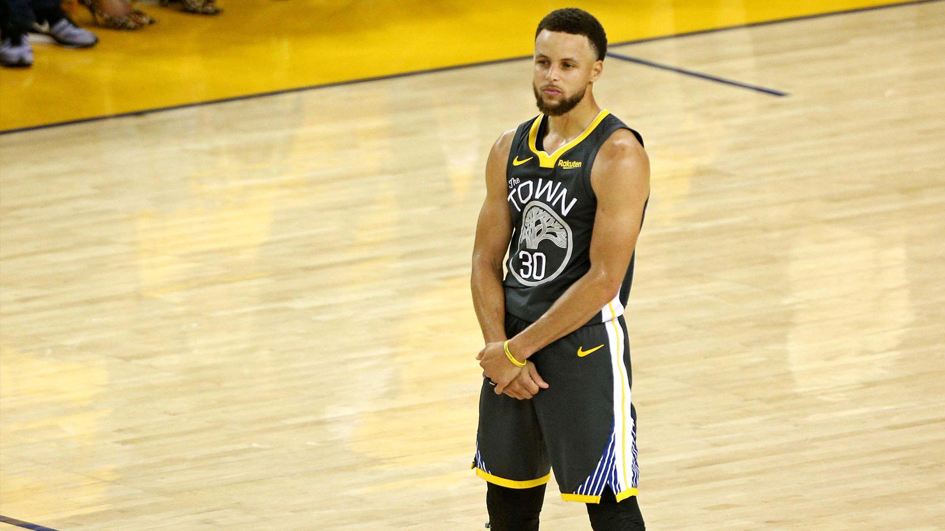 Somber Steph Curry, Warriors address loss in last game at Oracle