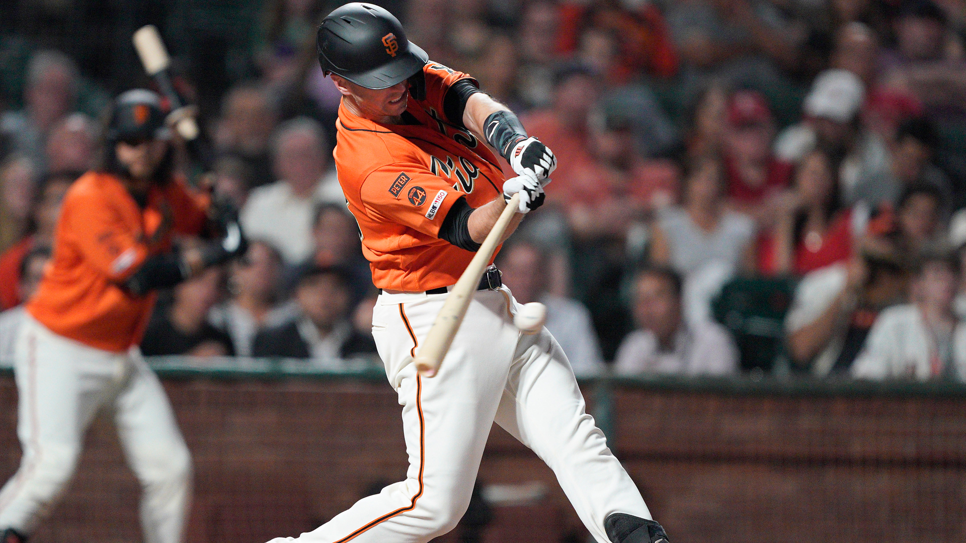Drive of the Game: Buster Posey's dribbler knocks in only run in 1-0