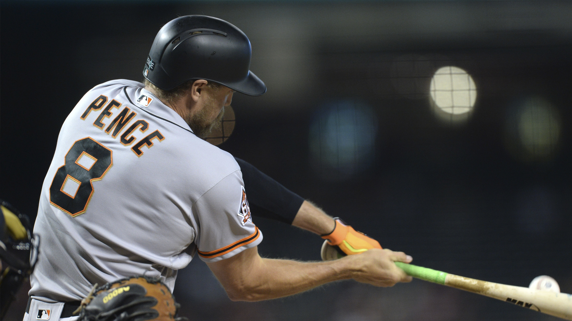 Giants Fend Off Dbacks To Clinch Weekend Sweep