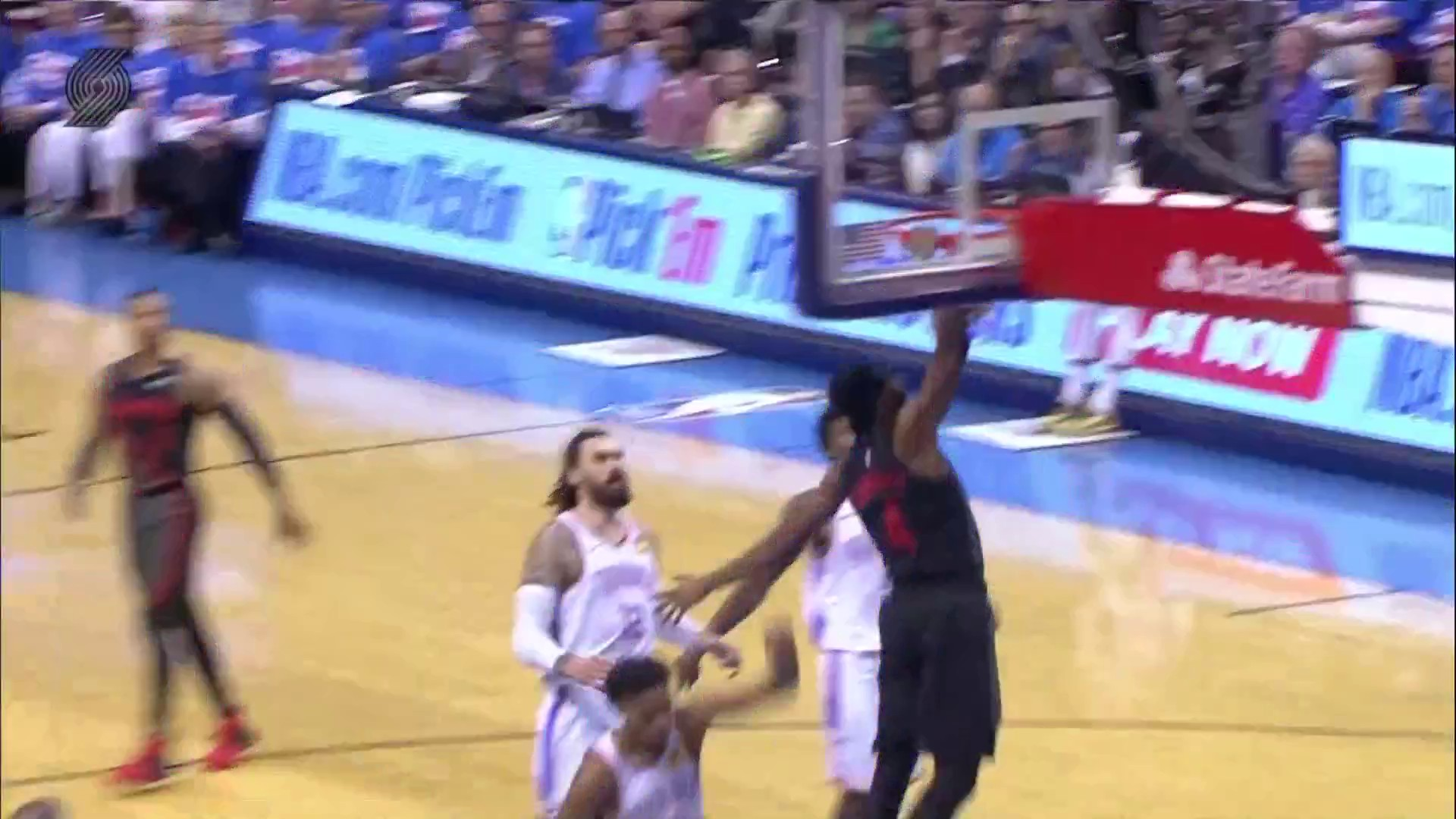 Ninja Moe gets out in transition for the tomahawk dunk