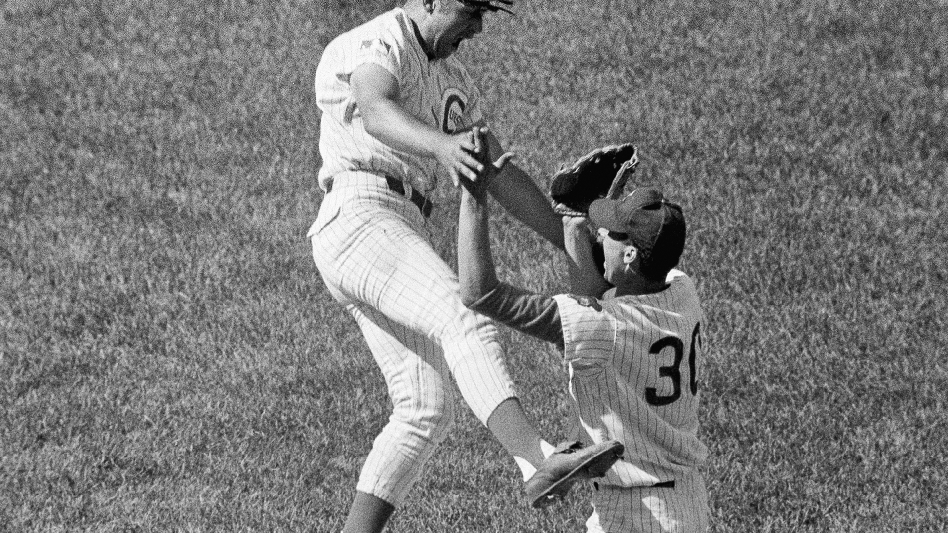 Windy City Legends: Hank Aaron nearly robs Cubs' Ken Holtzman of