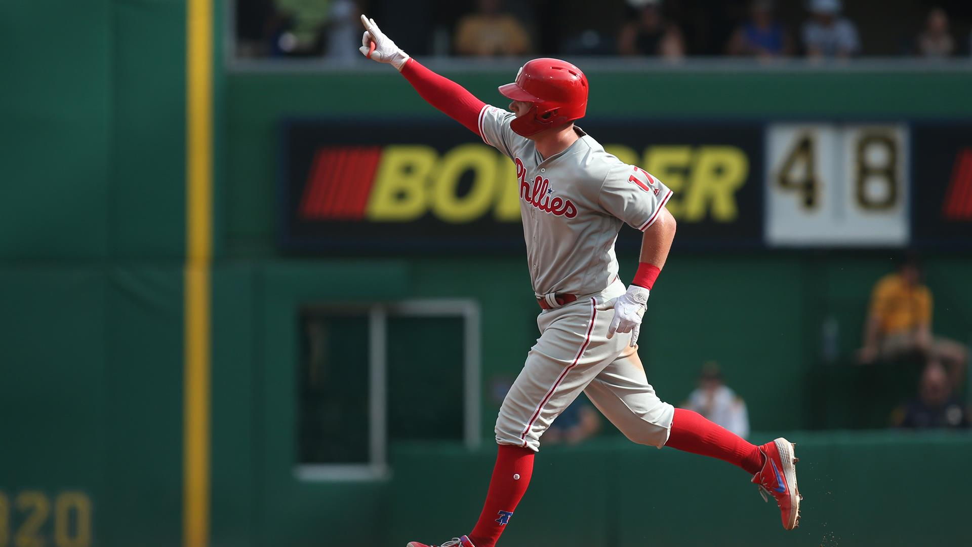 Phillies eke out a series victory in Pittsburgh with a 2-1 win