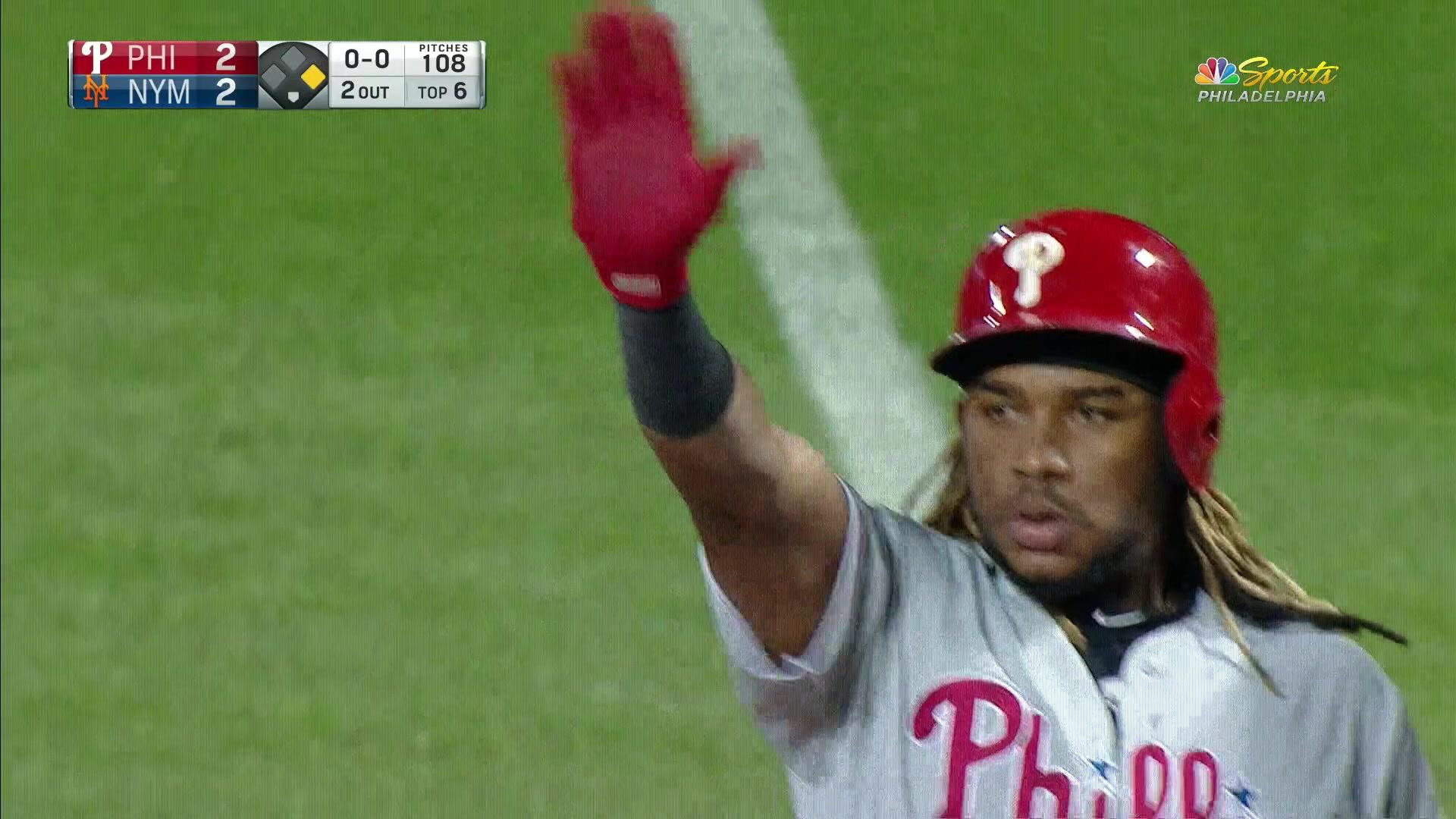 Maikel Franco for the tie! He knots the game up at two against the