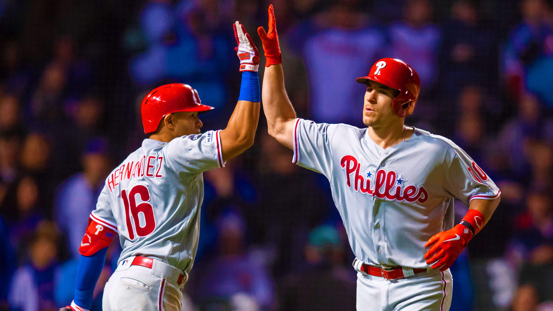 Phils fight back to defeat Chicago 5-4 in extras