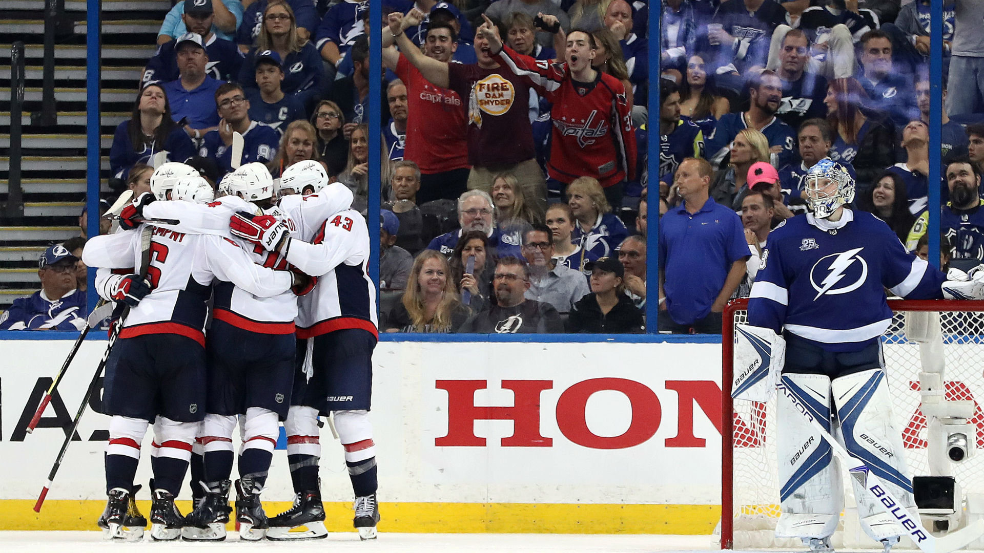 Highlights: Caps keep rolling in Game 2, crush Tampa Bay 6-2